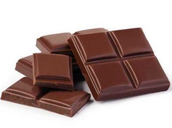delicious-dark-brown-chocolates-859